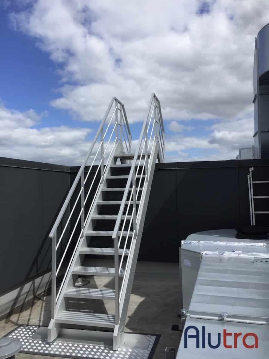 1 Toegangstrap dak