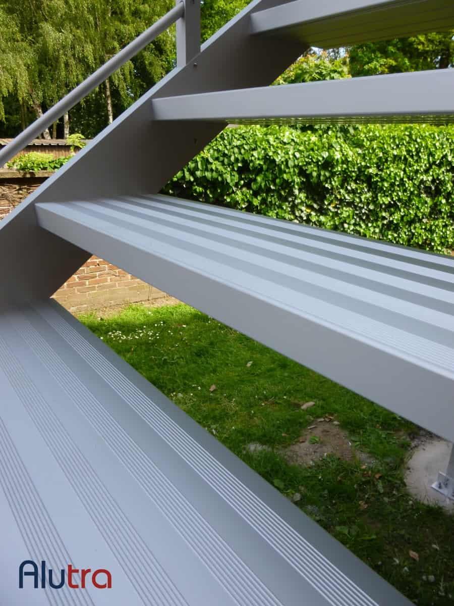 6 Aluminium antislip traptrede